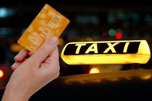 Оплата такси банковской картой: условия